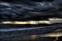 stormsTheyPass (niK10d) Tags: clouds island elba 31mm pentaxk10d mygearandme mygearandmepremium mygearandmebronze mygearandmesilver