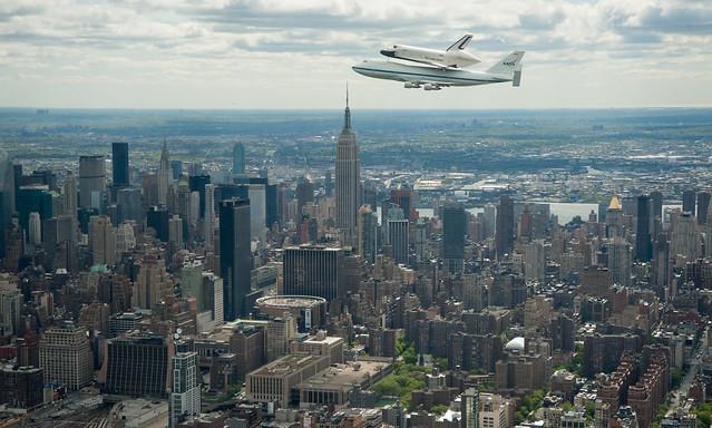 Shuttle Enterprise Flight to New York (201204270024HQ)