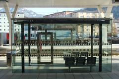 aus glas, salzburger hauptbahnhof (mcorreiacampos) Tags: salzburg architecture austria sterreich bahnhof architektur glas contemporaryarchitecture estacaodetrem zeitgenssischearchitektur