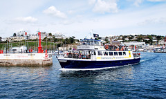 DARTMOUTH FERRY... (tommypatto ~ IMAGINE : On extended gardening leave) Tags: sea boats seaside ships devon torquay shipping ferries harbours southwestengland