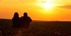dream on (FH | Photography) Tags: sunset silhouette freedom colorful sonnenuntergang natur paar mann frau landschaft weite zwei liebe horizont ehe draussen romantik freiheit sitzen zusammen gemeinsam zuneigung romantisch trumen partnerschaft ziele zusammenhalt