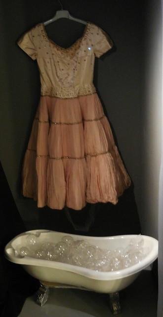 Παρουσίαση Arcana Lustra - Νεκροταφείο Φορεμάτων