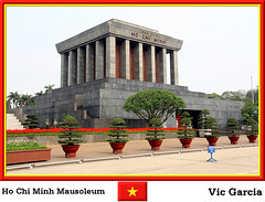 Ho Chi Minh Mausoleum (vicbrasil) Tags: people vietnam mausoleum hanoi sapa hochiminh hilltribe cuong hoalu northeastregion northwestregion redriverdeltaregion