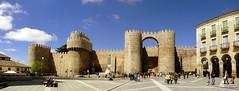 Ávila (santiagolopezpastor) Tags: españa wall spain puerta gate medieval walls romanesque espagne middleages muralla castilla ávila castillayleón murallas románico provinciadeávila