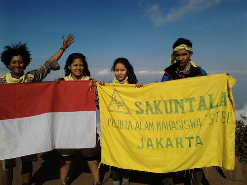 "Pengembaraan Sakuntala ank 26 Merbabu & Merapi 2014 • <a style=""font-size:0.8em;"" href=""http://www.flickr.com/photos/24767572@N00/27067864962/"" target=""_blank"">View on Flickr</a>"