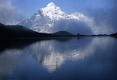 Inflexion (Alpine Light & Structure) Tags: alps film alpes schweiz switzerland suisse alpen berneroberland berneseoberland wetterhorn bachalpsee