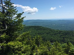 IMG_1736 (daach14@sbcglobal.net) Tags: usa vermont nature outdoor green photo trip travel sky blue woods trees forest beauty life moutain rock rocks view iphone6 panorama