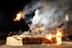 20160619-37-Dark MOFO 2016 Ogoh-ogoh burning ceremony (Roger T Wong) Tags: winter sculpture festival night fire australia burning burn tasmania hobart 2016 ogohogoh papermachie sony2470 rogertwong darkmofo sel2470z sonyfe2470mmf4zaosscarlzeissvariotessart sonya7ii sonyilce7m2 sonyalpha7ii macquarepoint weafyseadragon