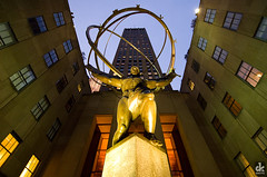 Atlas (dkshots) Tags: new york nyc newyorkcity autumn sunset sculpture usa ny newyork building art statue architecture night greek us ancient october rocks heaven unitedstates earth top manhattan united rockefellercenter style center sphere ave planet atlas artdeco states rockefeller titan avenue heavens deco 5th sculptor fifth 1937 northstar leelawrie armillarysphere renechambellan lawrie artdecostyle topoftherocks atlasstatue chambellan renepaulchambellan paulchambellan