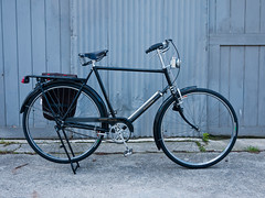 Raleigh DL-1 Tourist (djk762) Tags: b raleigh tourist m rack gazelle taillight burnside pannier philosphy dl1 dtoplight