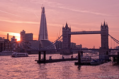 Last night in London / sunset / Tower Bridge / The Shard (zzapback) Tags: uk bridge sunset england urban london tower robert thames towerbridge river de 50mm big zonsondergang rotterdam nikon fotografie riverside f14 united capital kingdom brug shard stad engeland towerhill londen rivier voogd vormgeving afd grafische hoofdstad koninkrijk verenigd d700 bergselaan liskwartier zzapback zzapbacknl robdevoogd stayawakeenjoyyourday