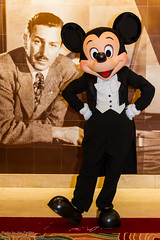 DCL Feb 2012 - Meeting Mickey on Formal Night