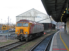 57311 Exeter 03.03.06 (Chris W Brown) Tags: station diesel transport platform rail railway exeter locomotive thunderbird parker stdavids class57 47817 57311 47032 d1611 47662