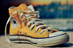 (-Karly-) Tags: yellow shoe dof bokeh lace converse hightops sneaker allstar sneak hightop hitop 2012yip yip2012
