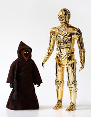 Jumbo vintage figures from Gentle Giant (C-3PO and Jawa) (Matt & Kristy) Tags: actionfigure kenner c3po gentlegiant seethreepio canonef28135mmf3556isusm canoneos60d