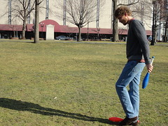 Dropped His Pins (a_fileccia) Tags: guy boston spring entertainer juggler bostoncommon niceweather