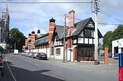 bishopstreet_old_beamish_buildings_2007aug (Cork City Library) Tags: cork q3 2007 bishopstreet michaelolearycollection beamishcrawfordstables