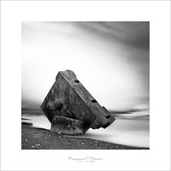 fall down from the sky (Emmanuel DEPARIS) Tags: mer photography sainte photographie sur marguerite normandy emmanuel béton deparis blockaus