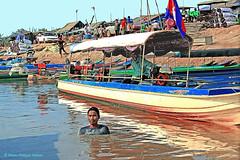 IMG_1257    embarquement pour croisire sur le Lac Tonl (philippedaniele) Tags: cambodge siem reap filet poisson navigation pche mkong epervier batambang tonlsap villagelacustre sangkae fortinondable plaineinondablemousson