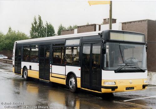 Renault Agora