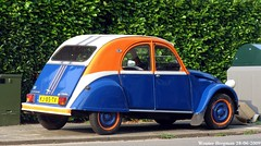 Citron 2CV 1983 (XBXG) Tags: auto old france holland classic netherlands car vintage french automobile nederland citron voiture 2cv 1983 frankrijk paysbas hilversum eend geit ancienne 2pk 2cv6 citron2cv franaise deuche deudeuche kj85tx