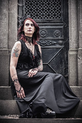 Shooting - Abysse 007 (Thomas Mathues) Tags: portrait cemetery graveyard dark model photoshoot mourning belgium belgique tomb gothic goth shooting widow gothique tombe cimetire modle hainaut