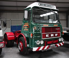 KAO 318L (Nivek.Old.Gold) Tags: tractor storage erf 1973 unit widnes haulage protruck gardner180 smithbrothersservices