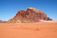 Wadi Rum panorama, Jordanië 2007 (wally nelemans) Tags: panorama wadirum jordan rum wadi 2007 jordanië
