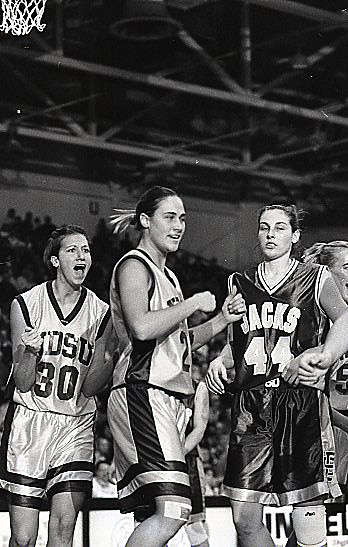 Womens Basketball vs. SDSU - 2000