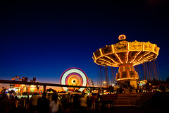 Golden Eyes (Thomas Hawk) Tags: california usa unitedstates fav50 10 statefair unitedstatesofamerica fair fav20 ferriswheel sacramento fav30 sacramentocounty waveswinger californiastatefair fav10 chairoplanes fav25 swingcarousel fav40 fav60 fav70 superfave californiaexpositionstatefair