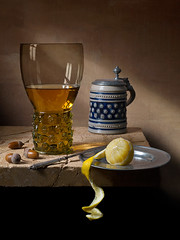 Still Life with roemer Lemon and Acorns (kevsyd) Tags: stilllife lemon stein acorns roemer westerwald kevinbest pentax645d