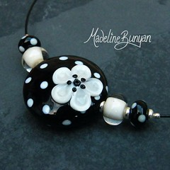 "Polka Dot and Flower Necklet, Black and Cream • <a style=""font-size:0.8em;"" href=""https://www.flickr.com/photos/37516896@N05/6857355521/"" target=""_blank"">View on Flickr</a>"