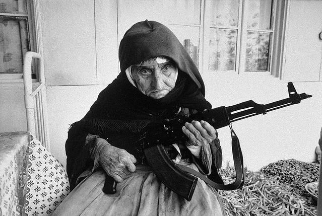 la grand mère de momo ( MOHAMED MERAH )