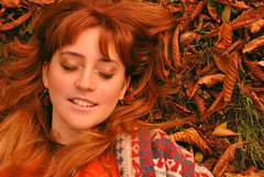 Mariposas (Choollus) Tags: autumn sleeping italy orange colors girl butterfly italian nikon october italia colours chica sleep longhair makeup peaceful rimini colores redhead octubre earrings redhair tamron mariposa autunno colori naranja fille arancio dormire zara pennyblack farfalla giulia arancione ragazza emiliaromagna italiana romagna ottobre 2011 orecchini nikond3000