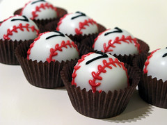 "Baseball Cake Balls • <a style=""font-size:0.8em;"" href=""http://www.flickr.com/photos/64714706@N05/6911987700/"" target=""_blank"">View on Flickr</a>"