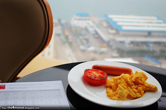 Traders Hotel Hong Kong - Western Breakfast (Xin Li 88) Tags: travel club hongkong hotel shangrila accommodation  hkg sheungwan tradershotel