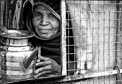 india (peo pea) Tags: portrait blackandwhite bw india bn ritratto bianconero udaipur jasalmer rajhasthan