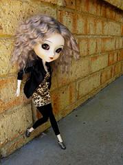 Petra (katelouise84) Tags: brick wall concrete doll petra groove pullip custom obitsu junplanning barbieshoes cinciallegra rewigged acryliceyes ttya thefoxishop katzdollz