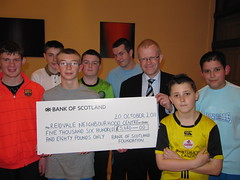 "John Mason MSP presenting Bank of Scotland foundation cheque • <a style=""font-size:0.8em;"" href=""http://www.flickr.com/photos/78019326@N08/6981846455/"" target=""_blank"">View on Flickr</a>"