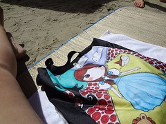 on the beach with Alice Disse (letsdancebaby) Tags: beach bag alicedisse