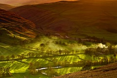 Final Light over Arncliffe, Yorkshire Dales (Steve Thompson images) Tags: trees sunset landscape shadows smoke yorkshire limestone yorkshiredales arncliffe canon70200l littondale polarisingfilter thedales ndgradfilter canon5dmark2 riverskirfare