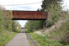 Braives Km 16,6 @ L127 (Peter Van Gestel) Tags: pont brug ravel nmbs sncb braives lijn127 ligne127