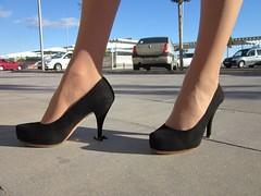 8611054549_77bf7cc5b4_o_gig (Tillerman_123) Tags: feet heels giantess
