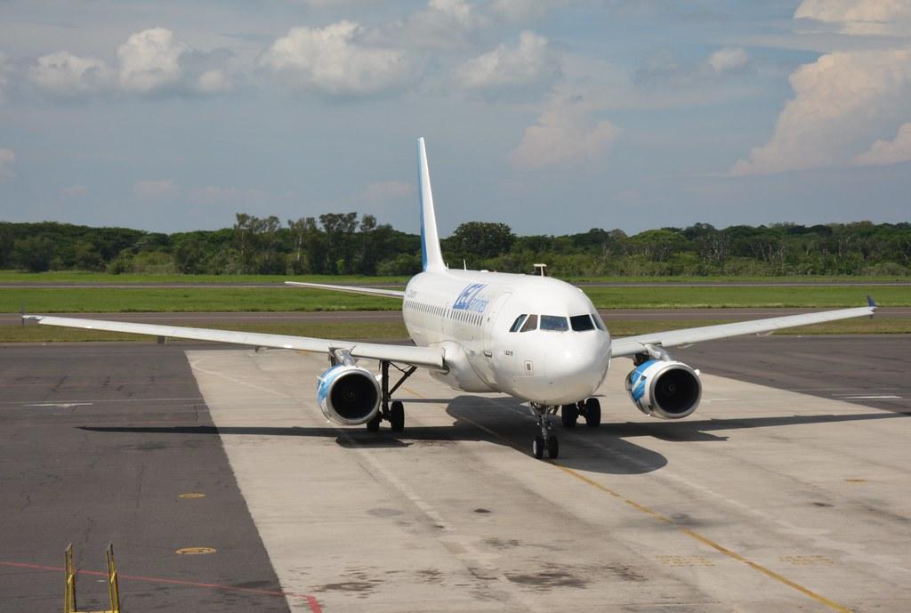 Международные коды и цифровые обозначения авиакомпаний по классификации организаций ИАТА (iata) и ИКАО (icao).