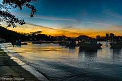 Sunset in Vila Velha (Wederson Machado) Tags: sol nature boats mar nikon marine barco barche cu prdosol beiramar fotoclube barcheboats