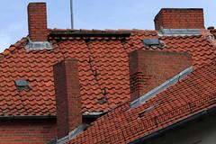 Beseler Allee (Rdiger Stehn) Tags: deutschland europa architektur bauwerk dach gebude schornstein kiel schleswigholstein 2000s norddeutschland 2016 mitteleuropa profanbau 2000er canoneos550d kielravensberg