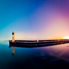 Intuor (tianxiaozhang) Tags: city longexposure blue panorama lighthouse reflection night square stars purple 17mm ef1740l eos5dmarkii