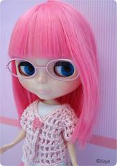 Maya y sus gafas