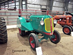 1948 Oliver 70 Orchard (FiremanRW) Tags: tractor oliver antique farm orchard