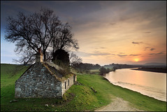 Kercock Bothy Sunset (angus clyne) Tags: sunset river scotland perthshire tay bothy kercock